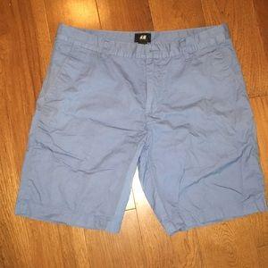 H&M blue chino shorts 33R